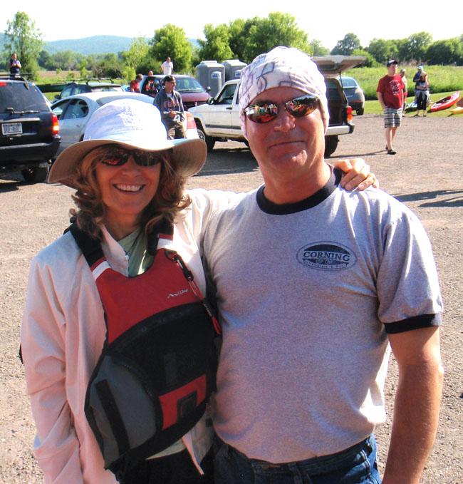 Kathleen and Fred 6-09 kayak650